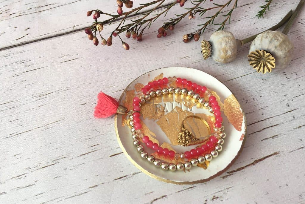 How to Make a Stunning Trinket Dish Using a Polymer Clay