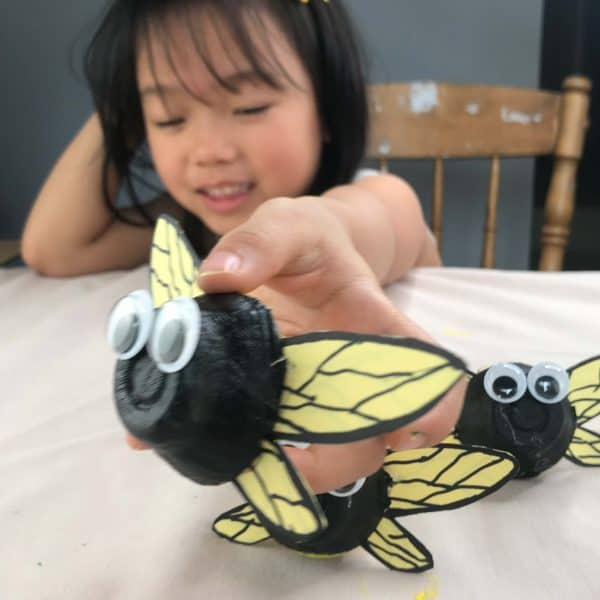 How to Make a Cute Bee Out of Egg Carton